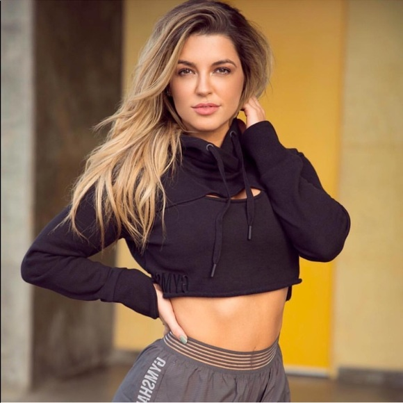 a8c5fc45 Gymshark Sweaters - Gymshark Raw Edge Cropped Hoodie🦈 Small
